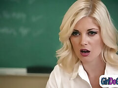 facesitting-mom-students-teacher