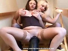 dildo-lesbian