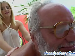 cock-grandpa-old and young-pounding