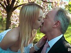 blonde-blowjob-cum-cum swallow