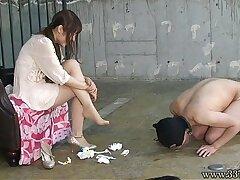 asian-bdsm-femdom-foot