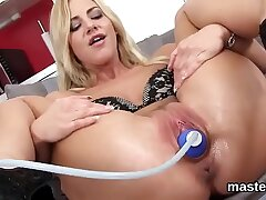 bald pussy-czech-extreme-fisting
